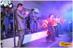 Grupo musical versatil Calypso